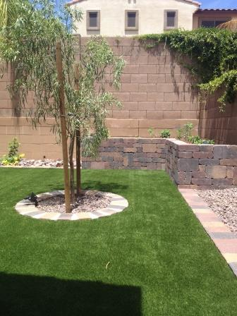 Artificial Grass in Phoenix has Tons of Benefits