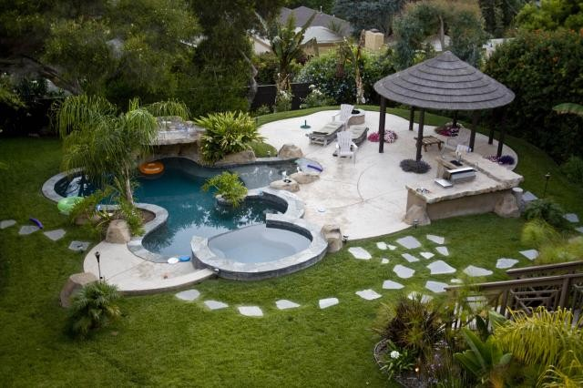 Install Artificial Grass Around Your Pool for a Safer, Low-Maintenance Yard