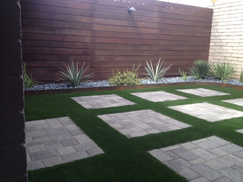 Residential Artificial Turf Unique Designs
