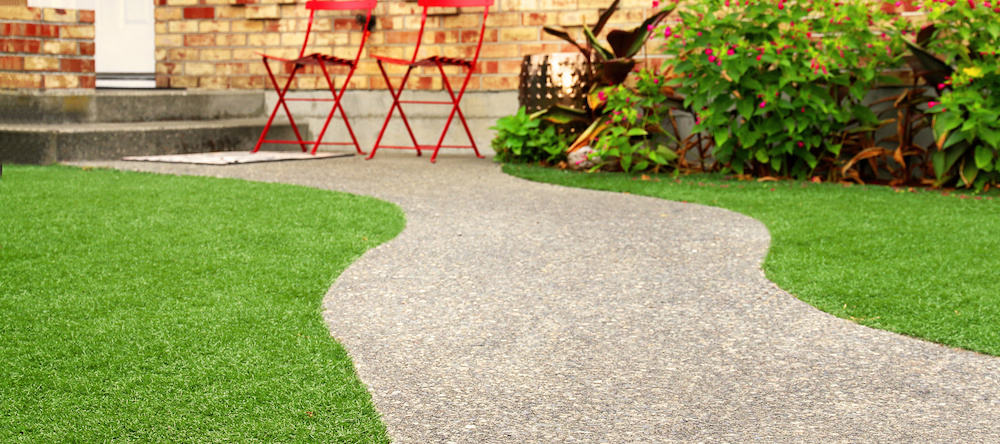 Backyard Makeover: 7 Inspiring Artificial Grass Backyard Ideas