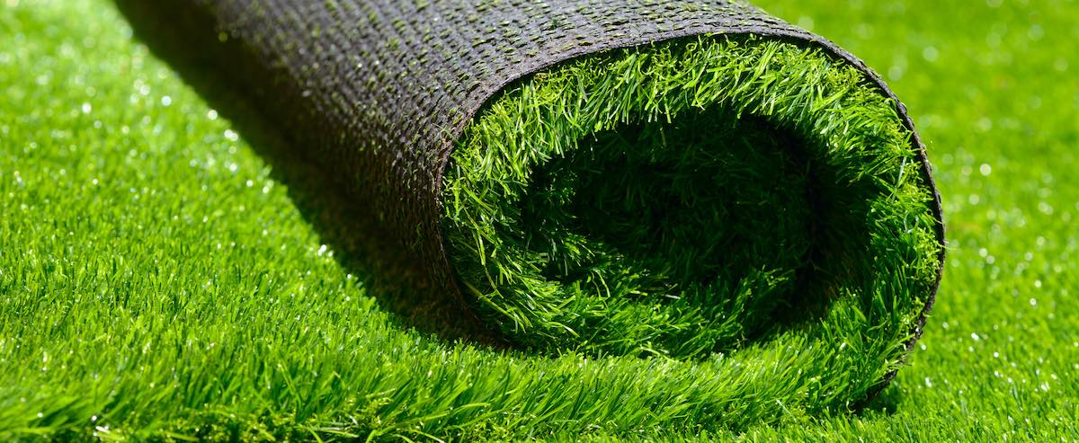 Three Ways to Use an Artificial Grass Rug