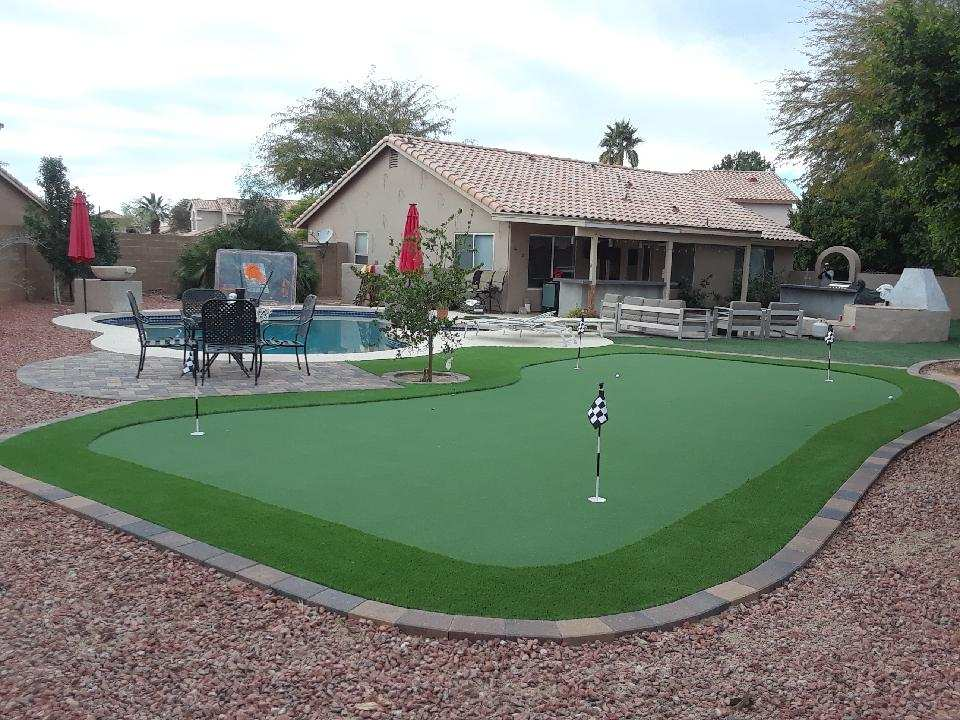 Putting Greens - image Putting-Greens on https://www.sunburstlandscaping.com